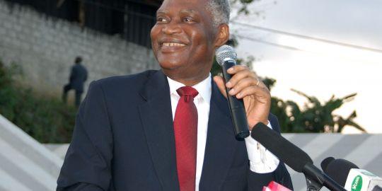 Pierre Mamboudou Mamboudou serais mort empoisonner  dans politique 12331443ce15pierremamboundoualibrevillele21aout20091